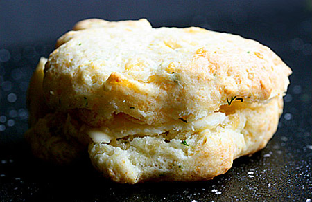 Soupaddict_cheesedillbiscuits